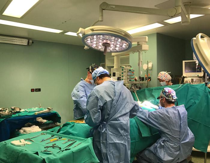 """Η """"πάλλουσα καρδιά"""" και η χειρουργική αντιμετώπιση του εμφράγματος"""